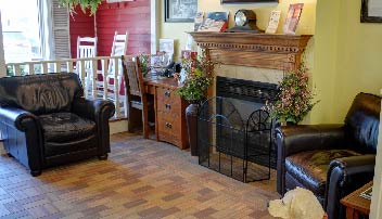 comfortable service lounge